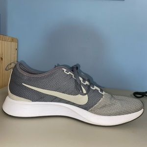 Nike Shoes - Nike Dualtone Racer
